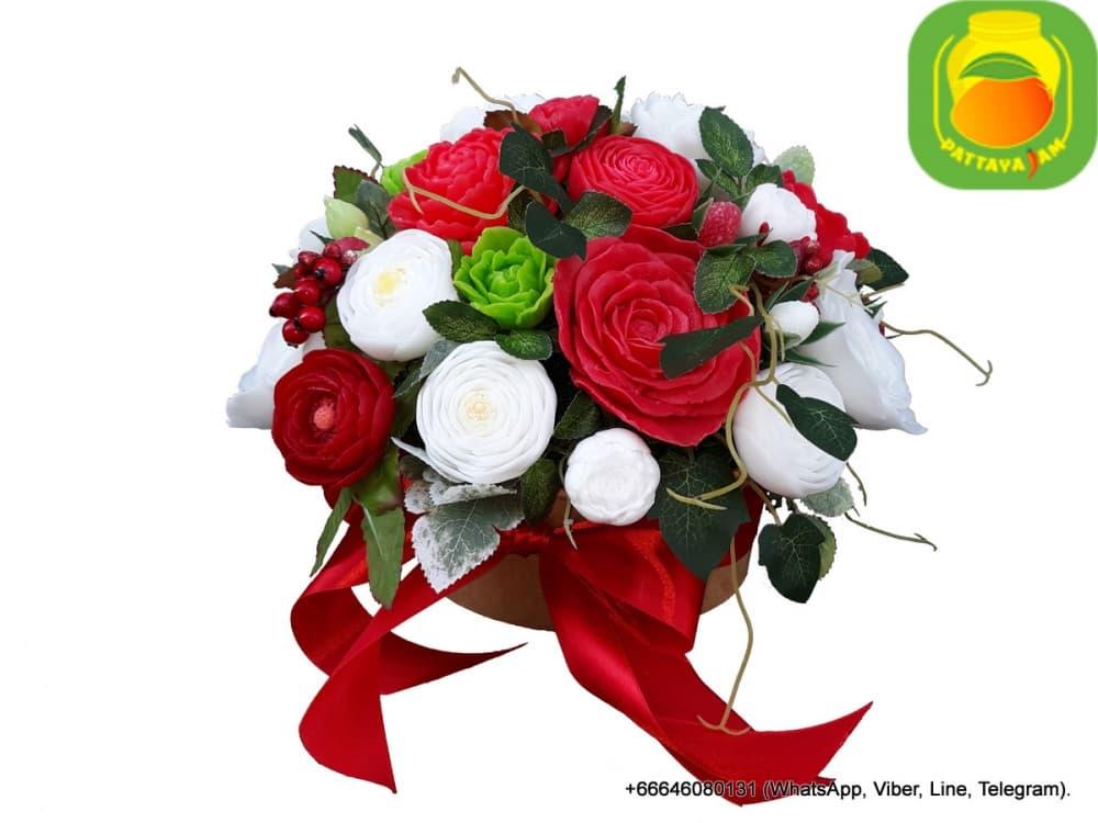 Букет из мыла ручной работы - ранункулюс, роза. Таиланд. Композиция № 11.