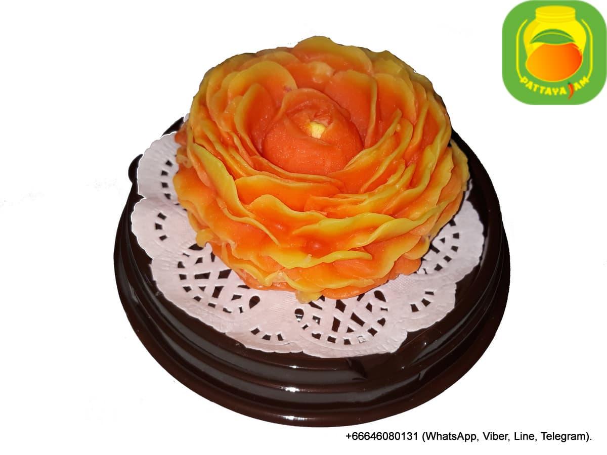 Мыло ручной работы, большая нераспустившаяся пионовидная роза, в куполе. Подарок в Таиланде.